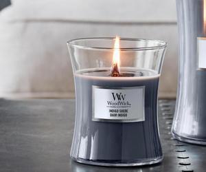 bougie woodwick moyenne jarre daim indigo